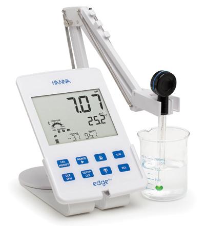 pH Meter แบบตั้งโต๊ะรุ่น HI2202